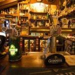 Comptoir du bar de l'Auberge du Pêcheur à Groix