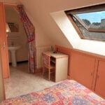 Chambre avec fenêtre par le Moulin d'Or à Groix