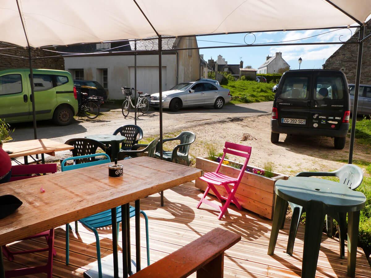 Terrasse de la baraque à crêpes L'Écurie à Kerlard