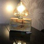 Lampe originale par Gwen-Art en bois flotté sur Groix