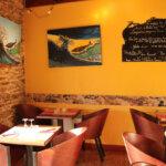 Salle intérieur du restaurant le Safran à Groix