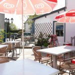 Terrasse de la pizzeria Snack la Godille à Groix