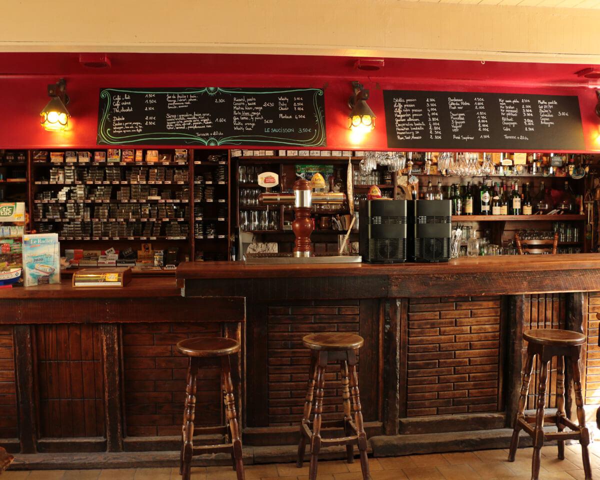pop s tavern bar tabac de l 238 le de groix dans le de locmaria