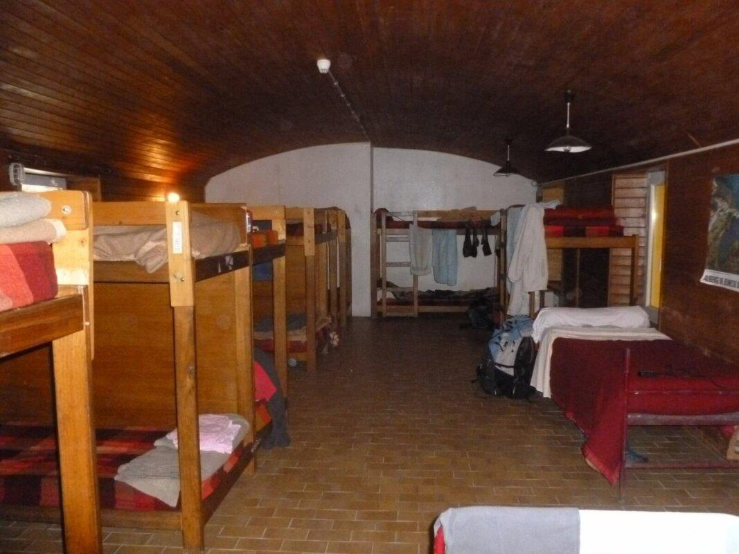 Auberge De Jeunesse De Groix Dortoirs Blockhaus Et Camping