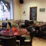 Salle du restaurant les Alizés de l'île de Groix