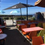 Terrasse du Bar et brasserie le Bar de la Plage sur l'île de Groix